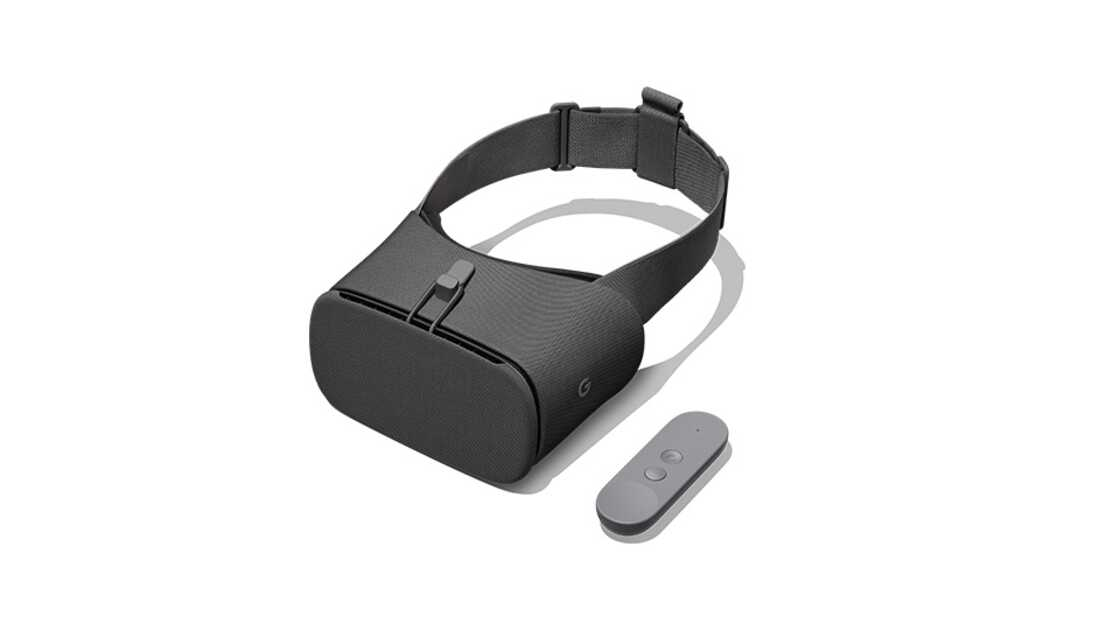 Google Daydream with controller
