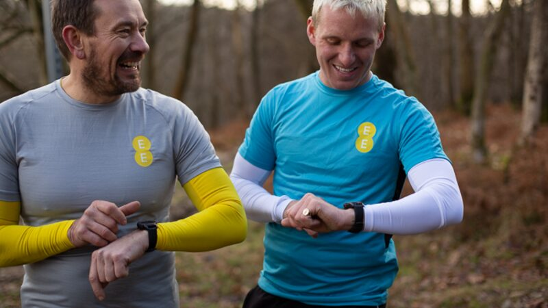 Jamie Laing and Ollie Ollerton training for their SAS-inspired fitness challenge with the Samsung Galaxy Watch 4G